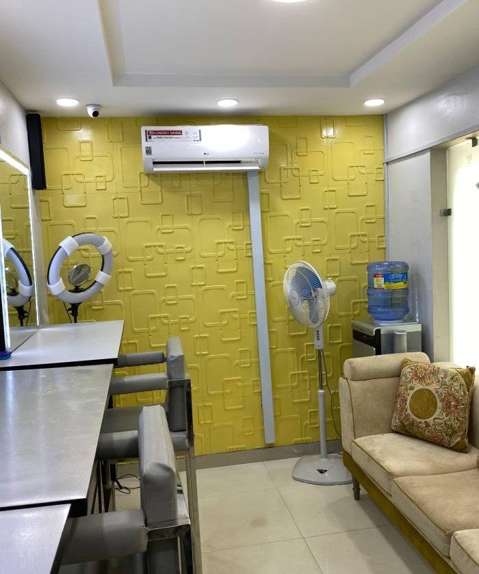 lotus-makeup-studio-interior