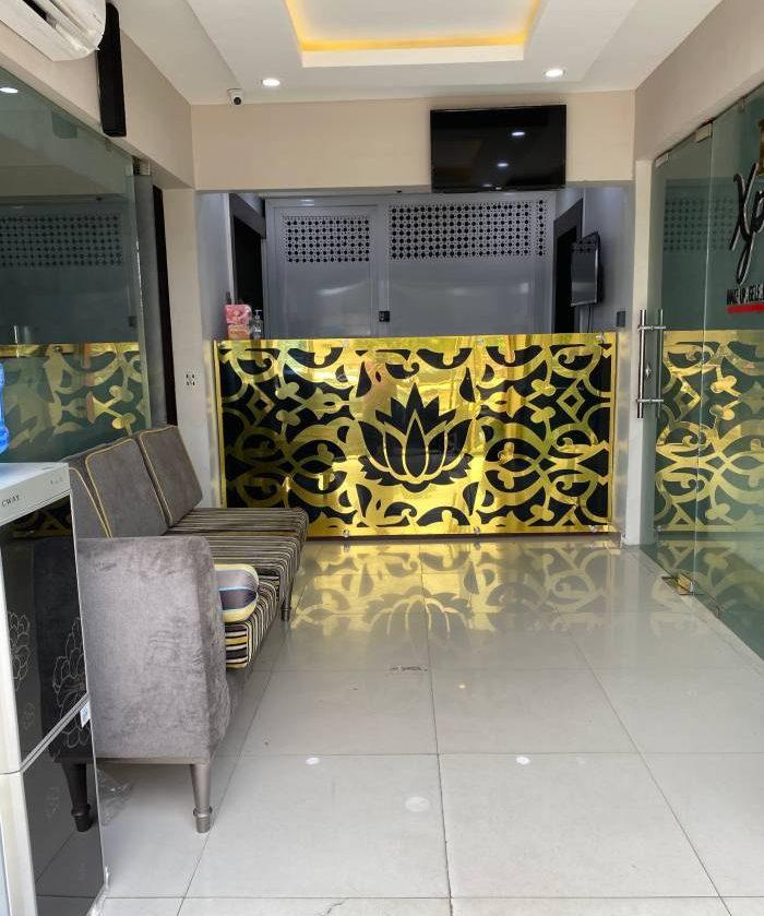 lotus-xpressions-studio-reception